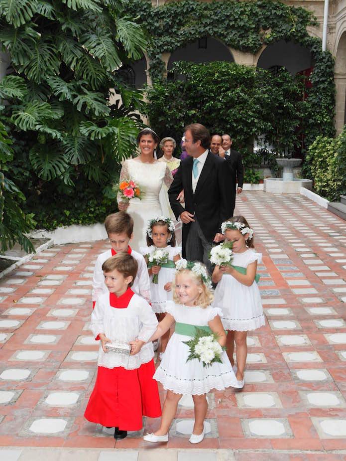 trajes monaguillos bodas